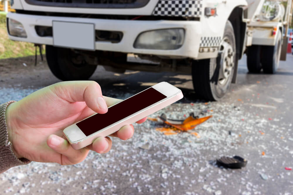 Five Tips on How to Avoid Truck Accidents in 2019