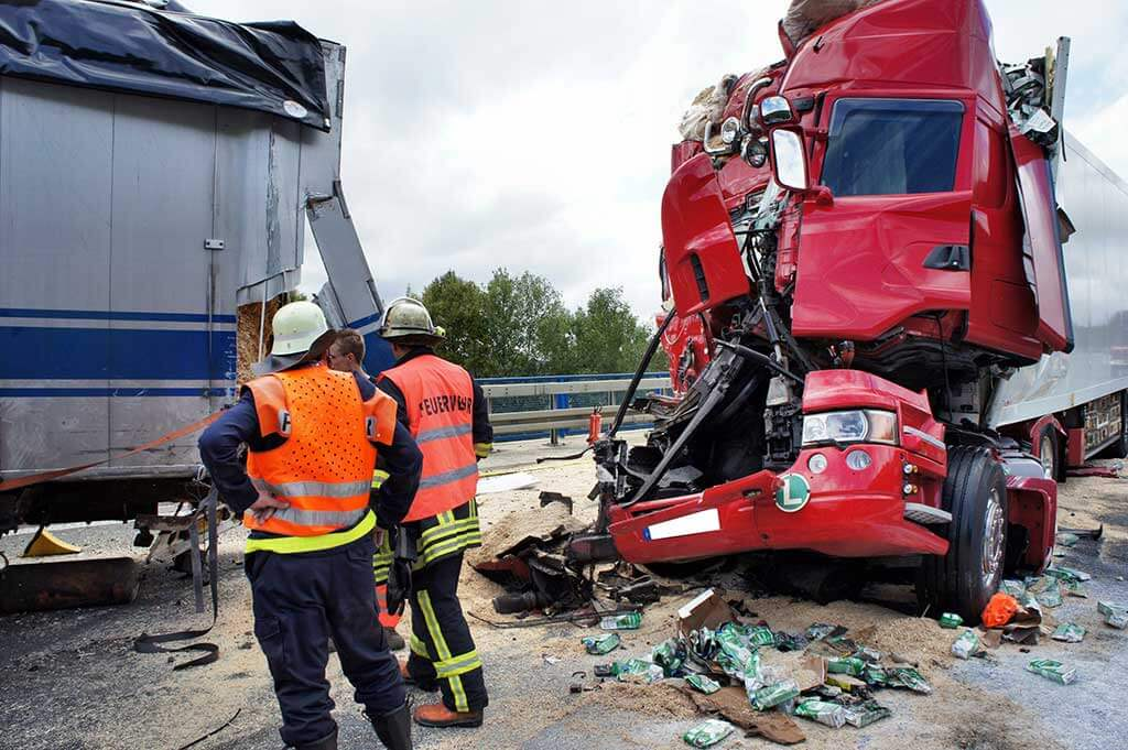 Know What To Do If You Get Involved In An 18-Wheeler Accident